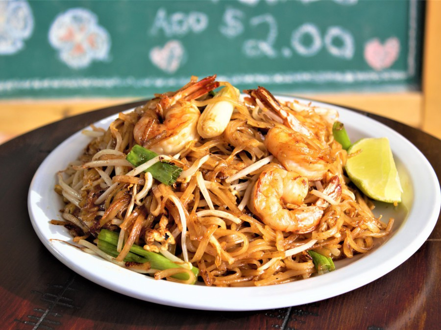 Stir Fried Rice Noodles (Pad Thai)